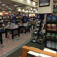 Photo taken at Barnes & Noble by Nigel A. on 12/23/2014