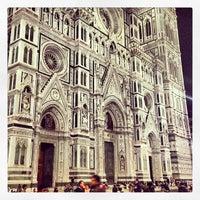 Photo taken at Cattedrale di Santa Maria del Fiore by Macelleria T. on 5/18/2013