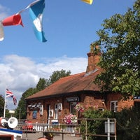 Photo taken at Teddington Lock by Marc Andre R. on 8/11/2014