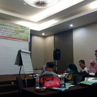 Photo taken at Amaris Hotel Banjar by Rastra P. on 9/30/2016