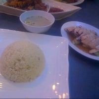 Photo taken at Singapore Chicken Rice SCR by claire m. on 4/13/2013