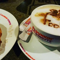 Photo taken at Dunkin' Donuts by Andre P. on 10/23/2016