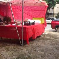 Photo taken at Yakisoba Da Pracinha Do Dalben by Liselene B. on 4/6/2013