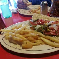 Photo taken at Giovanni's New York Style Pizza by Rodrigo D. on 9/29/2015