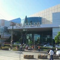 Foto tirada no(a) Shopping Center Iguatemi por Arthur_ F. em 5/20/2013