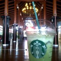 Photo taken at Starbucks by kurniawan a. on 9/25/2014