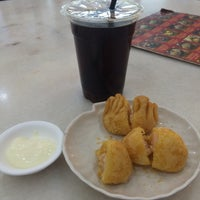 Photo taken at Jin Xuan Hong Kong Restaurant (锦选香港特极点心) by Melissa T. on 9/15/2016