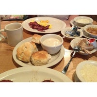 Photo taken at Cracker Barrel Old Country Store by Erick P. on 4/12/2014