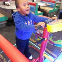 Photo taken at Chuck E. Cheese's by Olivia R. on 10/19/2014