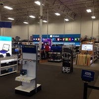Photo taken at Best Buy by Jamie A. on 7/5/2014
