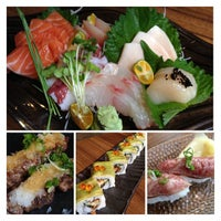 Photo taken at En Japanese Dining Bar (Mohammed Sultan) by Lim W. on 8/17/2013