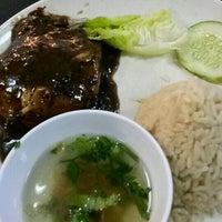 Photo taken at Restoran Satay Anika by mill a. on 10/21/2015