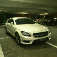 Photo taken at Greenbelt 1 Parking by Kurt U. on 11/27/2012