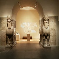 Photo taken at Ancient Near Eastern Art @ The Met by Jatushan N. on 10/8/2016