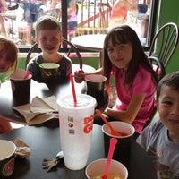 Photo taken at Lulu's Frozen Yogurt by Aprilluuocr on 8/28/2013