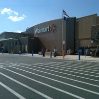 Photo taken at Walmart Supercenter by H T. on 4/13/2013