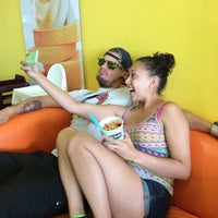 Photo taken at Tutti Frutti Frozen Yogurt by E.j. H. on 7/27/2014