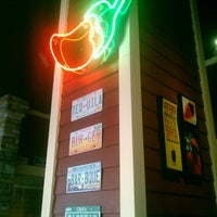 Photo taken at Chili's by Gerardo H. on 5/9/2013