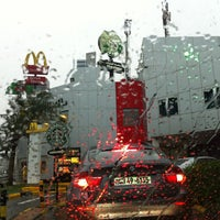 Photo taken at Starbucks by Techi on 12/25/2012