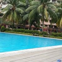 Photo taken at Swimming Pool Bayu Tasik 1 Condo by Naufal A. on 3/2/2014