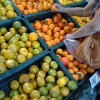 Foto tirada no(a) Cometa Supermercados por Fernanda F. em 6/3/2013
