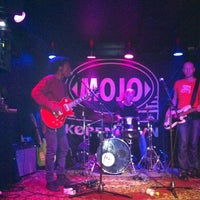 Photo taken at Mojo Blues Bar by Elin H. on 9/11/2014