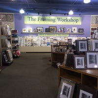Photo taken at Aaron Brothers Art and Framing by Nicole B. on 12/15/2016