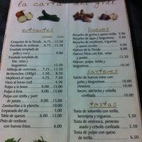 Photo taken at El Grill de la tienda De Clara by Pitu H. on 5/24/2013