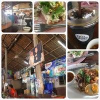 Photo taken at เต็กกอ by TKL Thailand .. on 3/13/2016