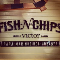 Photo taken at Victor Fish 'n' Chips by Leo F. on 7/13/2013