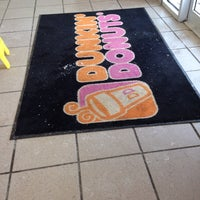 Photo taken at Dunkin' Donuts by Sofia G. on 2/16/2014