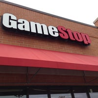 Photo taken at Gamestop by Ricky H. on 4/29/2013