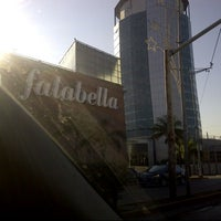 Photo taken at Falabella by Gabriel B. on 5/22/2013