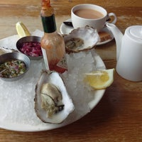 Photo taken at Loch Fyne Restaurant by Sheyngeziht V. on 4/30/2016