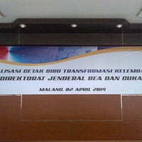 Photo taken at Kantor Wilayah DJBC JATIM II by Fungki A. on 4/2/2014