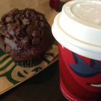 Photo taken at Starbucks Coffee by Roberto P. on 12/4/2012