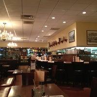Photo taken at Du-par's Restaurant & Bakery by Madhuri S. on 1/31/2013