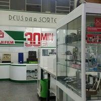 Photo taken at Deus dá a Sorte by Delfim B. on 9/9/2015