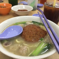 Photo taken at Restoran Fai Kee by Kent W. on 12/10/2015