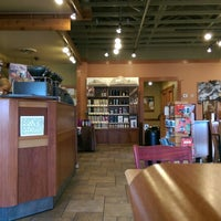 Photo taken at Caribou Coffee by Xmodem R. on 11/1/2014