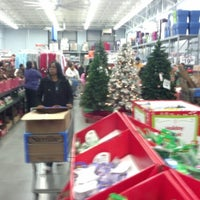 Photo taken at Walmart Supercenter by Brian L. on 12/15/2012