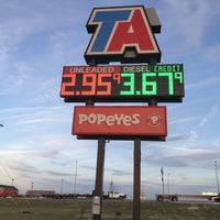 Photo taken at TravelCenters of America by Ricardo F. on 12/6/2014