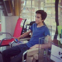 Photo taken at 7-Eleven by Jonathan Y. on 6/25/2013