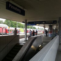 Photo taken at Bahnhof Pinneberg by Büşra on 8/19/2013