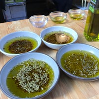 Photo taken at Stonehouse California Olive Oil by Guilherme 梅. on 10/23/2016