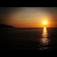Photo taken at Le Kliff by Jose G. on 6/12/2012