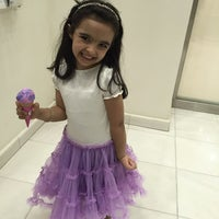 Photo taken at باسكن روبنز baskin Robbins by Ameerah_ A. on 10/16/2014
