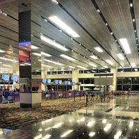 Photo taken at Changi Airport Terminal 1 by Kamarul A. on 7/27/2013