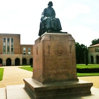Photo taken at Rice University by Yunus E. on 6/26/2013