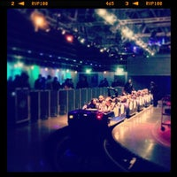 Photo taken at Rock'n' Roller Coaster With Aerosmith by Henk Y. on 12/17/2012